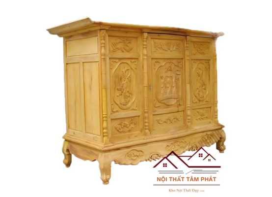 Tủ thờ gỗ BTM 012 có bề mặt tủ cong lên về hai phía gần giống mẫu tủ thờ BTH021