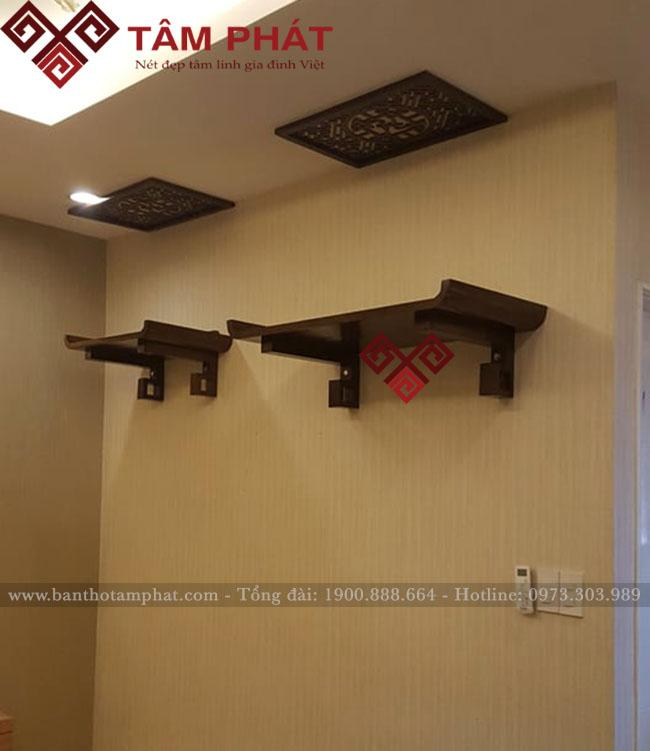 Bàn thờ treo 2 tầng thờ Phật và thờ gia tiên