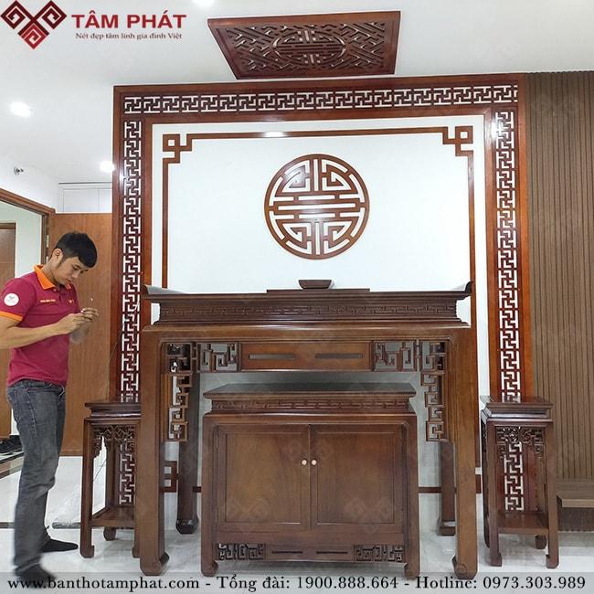 Bàn thờ gỗ Gụ Lào sang trọng gỗ tốt Tâm Phát
