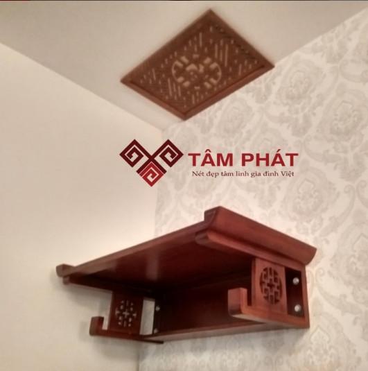 Bàn thờ gỗ Hương mẫu TTH2038 có mẫu mã đẹp