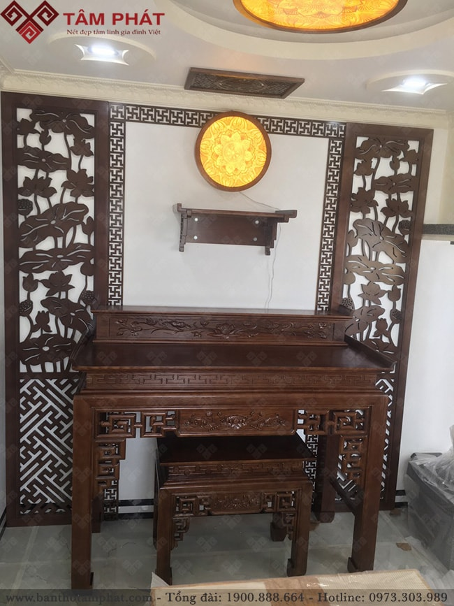 Thiết kế mẫu bàn thờ gia tiền và bàn thờ Phật treo tường