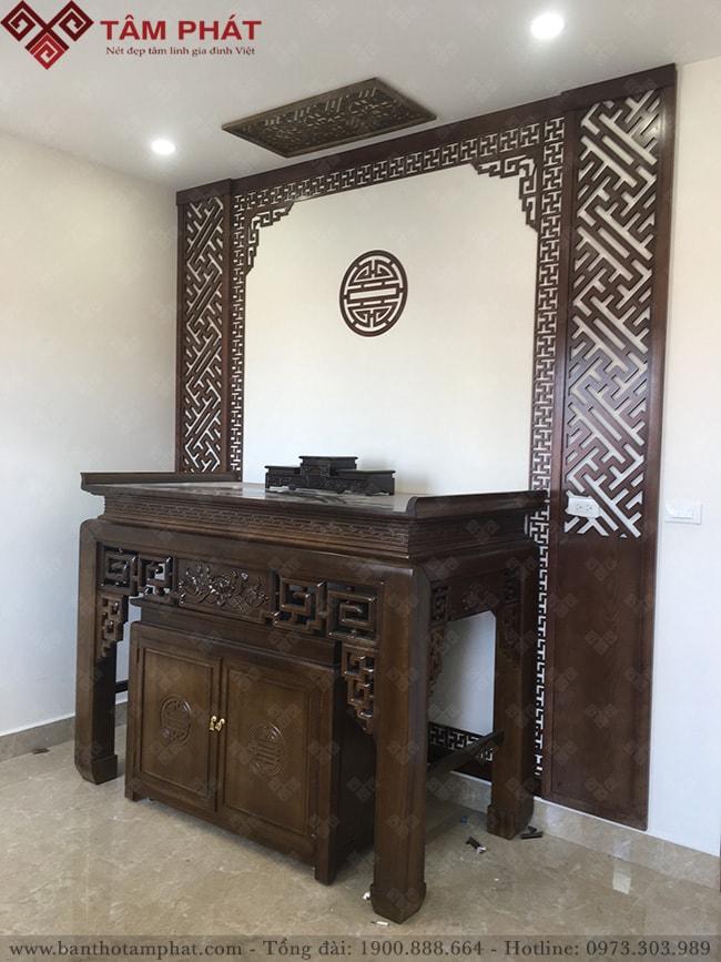 Phòng thờ sử dụng bàn thờ BT-1109 sang trọng