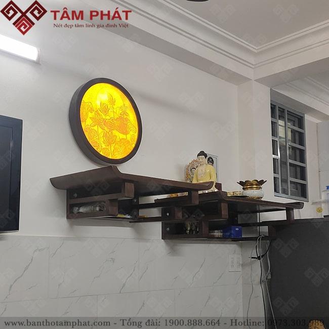 Không gian kết hợp 2 bàn thờ Phật và Thần linh hoặc Gia tiên
