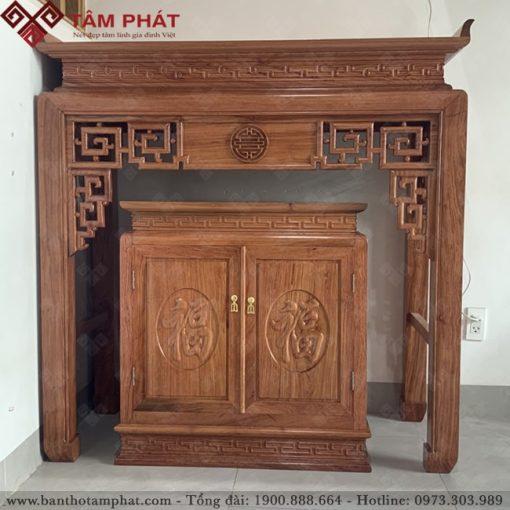 Bàn thờ gỗ Hương hoàn thiện sắc sảo