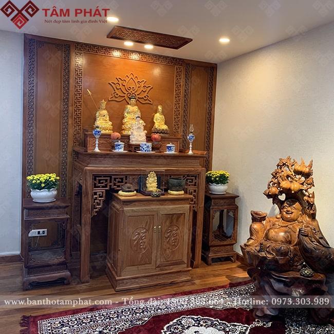 Bàn thờ làm bằng gỗ Hương Đá tuyệt đẹp với độ bền hàng trăm năm