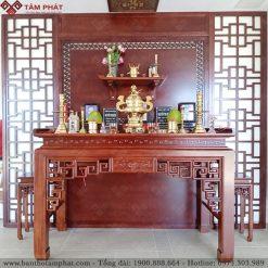 Bàn thờ Phật và gia tiên chung một không gian là sự kết hợp tinh tế