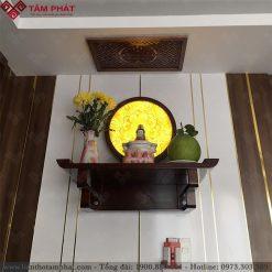 Bàn thờ Phật treo tường là lựa chọn của nhiều gia đình