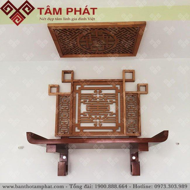 Bàn thờ treo tường gỗ gõ đẹp tiết kiệm không gian